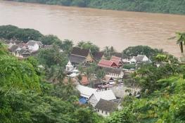 Mekong & wats from top of Phousi mountain